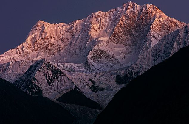 Disteghil Sar (7885m) – 8th Wonder of Pakistan